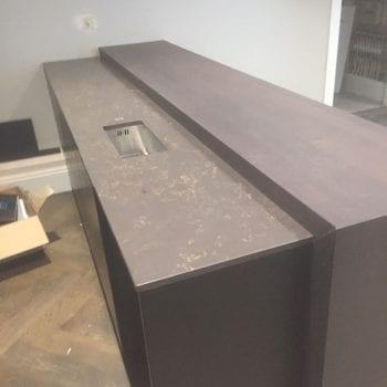 brown quartz kitchen worktops