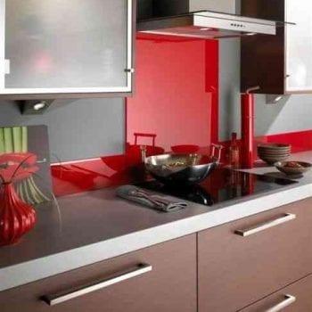 red_kitchen_glass_splashback_m