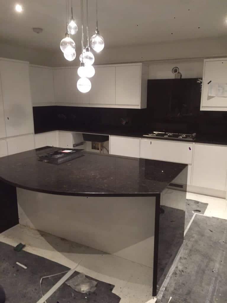 brown kitchen quartz worktops