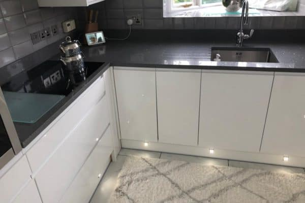 Dark sparkles grey quartz worktops