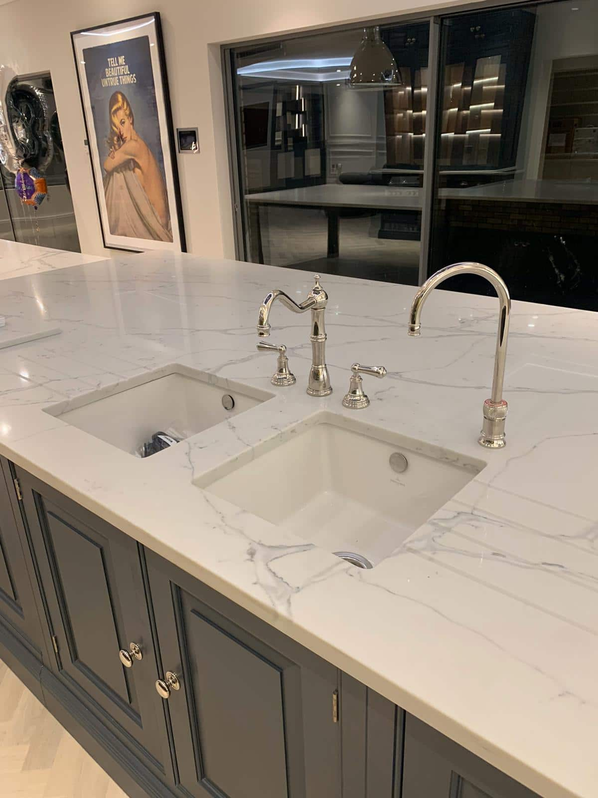 Quartz solid work surface